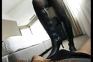 Dominatrix Trampling in Leather Amah