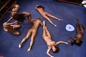 Wrestling nude KO beauties