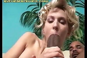 Sooty Enjoys Vapid BJ