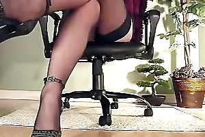 Secretary under desk view be worthwhile for masturbation hither heels together with nylons