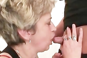 Sexy granny sucks cock for detail and bottomless gulf