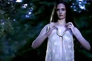 Eva Green Camelot 1