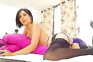 sexy brunette fucking her ass and pussy(1).flv