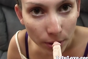 Lelu Love-Enjoying A Tiny Penis