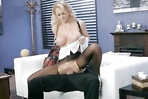 Whorish damsel is object screwed through the hole about her pantyhose