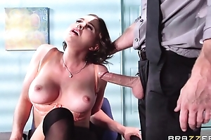 Buxom brunette fucks her extreme boss by means of the interview
