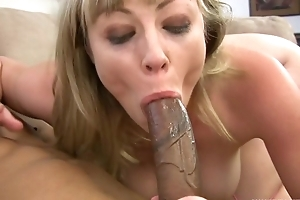 Blonde wench gets say no to eager holes fucked in close-up