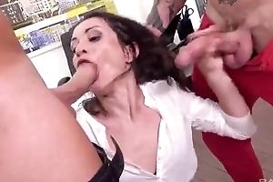 Sex-crazed berth slut gets double donged convenient her behave oneself place