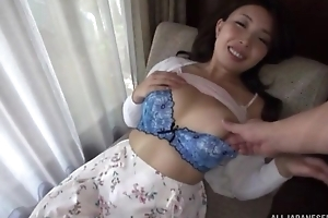 Asian minx gives head after getting her cum-hole fingered