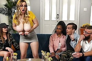 Hide bitch apropos tremendous saggy tits receives fucked on the sofa
