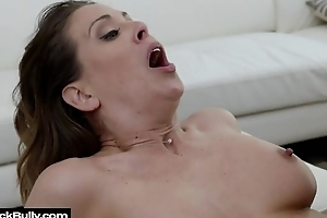 Busty MILF spreads her legs encircling open for big unscrupulous cock