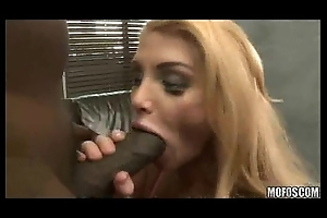 Sporty MILF vs Black Cock!