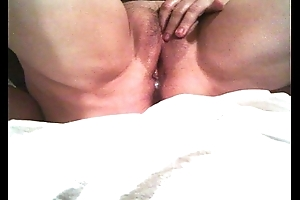 My Mature wife gets creamed2