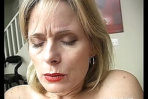 Mature untrained has an orgasm