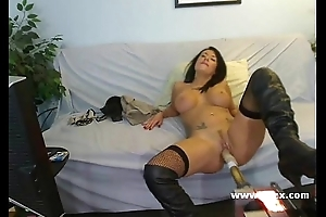 Busty Isis Monroe live webcam sex outfit