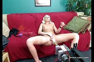 Comme ci amateur babe webcam sex tackle